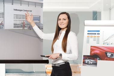 Sophia Laufer, Kauffrau für Marketingkommunikation